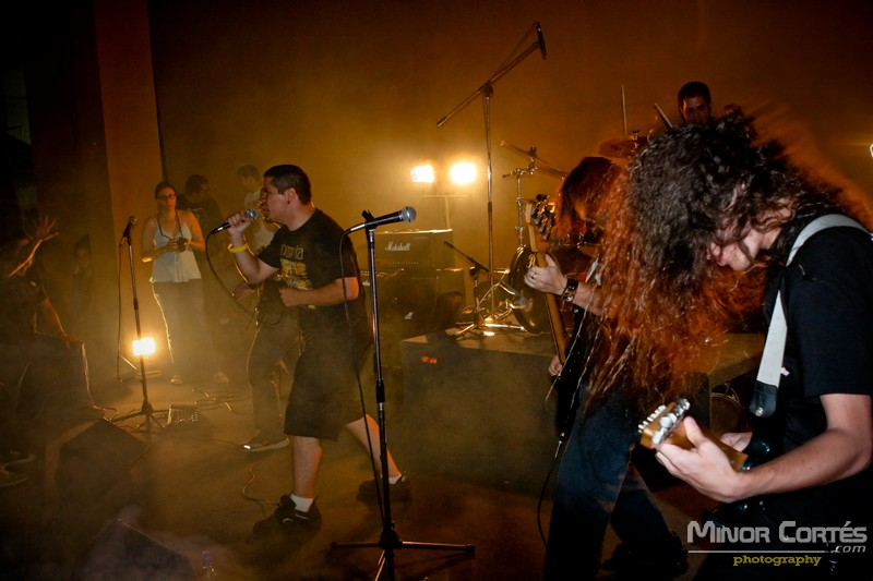 Sepulcro Vacio opening to For Today show in Costa Rica