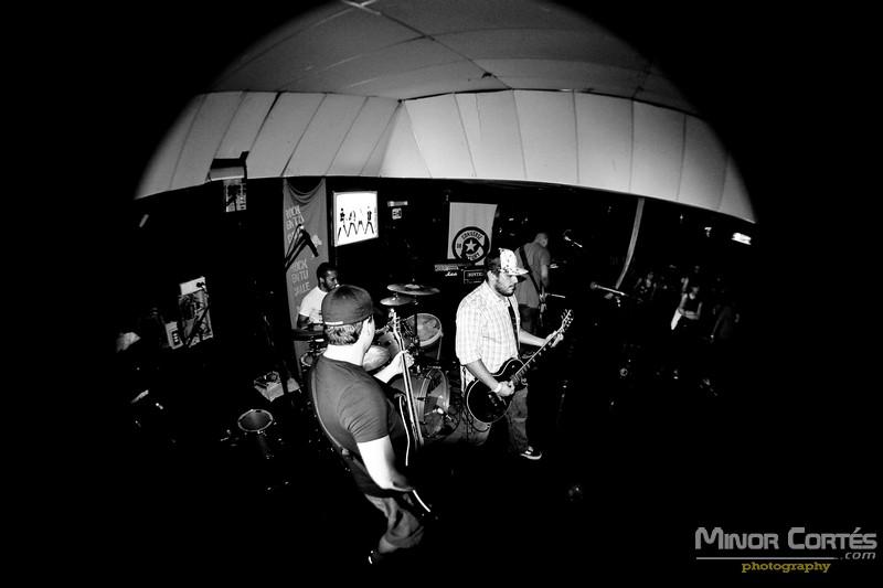 Savia at Club Capone – Pic 01